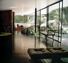 KVMDlivespaces+design: Casa das Canoas, por Oscar Niemeyer