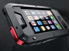 TAKTIK iPhone Case: Some serious (thin) Protection for iPhone