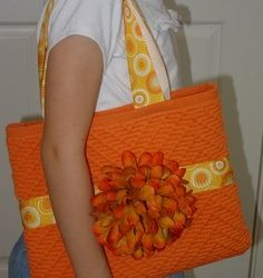 Placemat Purses -- Free placemat purse pattern for an easy sewing craft