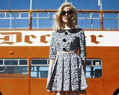 Mrs Pomeranz von MRSPOMERANZ auf Etsy Alternative Wedding Dresses, Vintage Style Dresses, Etsy Seller, Vintage Fashion, Unique, Creative, Fashion Vintage, Vintage Style Outfits, Retro Fashion