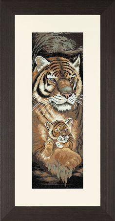 Lanarte Tiger and Cub (Материнский инстинкт). Счетный крест. Артикул 34870. #вышивка #набор #крестиком #крестом