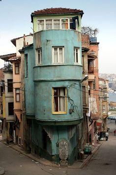 Corner of Balat, Istanbul wh(via Balat, a photo from Istanbul, Marmara | TrekEarth) Istanbul, Turkey