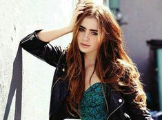 Lily Collins. Stunning    ❤      ❤    ❤