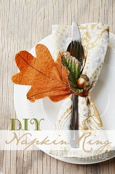 DIY Napkin Ring Tutorial. You can make 10 napkin rings for 1 Dollar... CRAZY AWESOME!