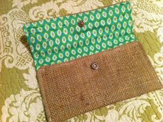 Easy DIY Clutch.  I can picture doing this with coconut bark