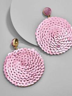 BaubleBar Queenie Sequin Drop Earrings Source by Rose Earrings, Bead Earrings, Tassel Earrings, Fabric Jewelry, Beaded Jewelry, Gold Jewellery, Diy Fashion, Fashion Jewelry, Earrings Handmade