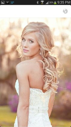 Prom hair ---> http://tipsalud.com