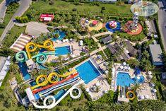 Plănuiești o vacanță în #Turcia pentru la vară, alături de familie și prieteni? 👨👩👧👦 Rezerv-o din timp la cel mai bun preț, cu ajutorul Reducerilor #EarlyBooking 🤩 Alege #hotelVizitat ROYAL WINGS 5* 🕌 din #Antalya deoarece se află lângă plajă și este ideal pentru familiile cu copii 👨👩👧👦, oferind #AquaPark, parc de distracții 🎡, locuri de joacă și echipă de animație 🎉 În plus, dispune de piscine mari, centru SPA…