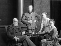 Count Karol Lanckoroński with his children - Antoni Maria Kazimierz (1893-1965), Adelajda Maria (1903-1980) and Karolina Maria Adelajda (1898-2002) (sitting). Note that Karolina lived in three centuries.