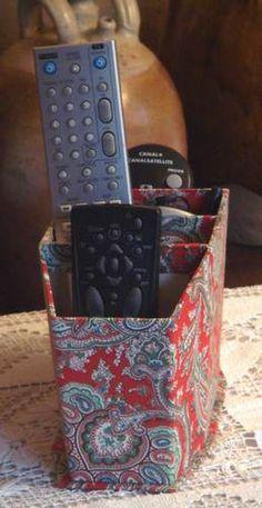 Les pdfs des pas à pas ... - La boîte à zapettes - Trois grilles… - Une trousse élégante - Le montage d'une… - La boîte d'archivage - Cartonnage et compagnie !!!