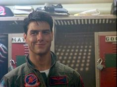 Tom Cruise as Maverick. That smirk though. Tom Cruise Smile, Tom Cruise Hot, Tom Cruise Young, Top Gun, Logan Lerman, Tom Cruise Joven, Shia Labeouf, Amanda Seyfried, Tom Skerritt