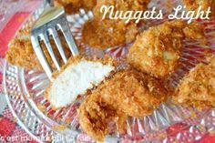 Voici des nuggets de poulet sans friture qui offrent une viande avec une délicieuse texture fondante, et le plaisir de vrais morceaux de poulet bien moelleux et du croustillant sans le gras. Encore une recette légère pour l'été, alors pourqu