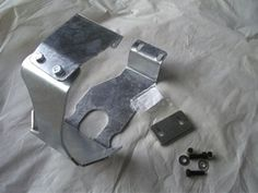Wraparaound Front Rover Axle Diff Guard - Galvanised