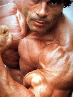 Niko a juicy bodybuilder