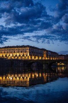 Piazza Vittorio and the Po river