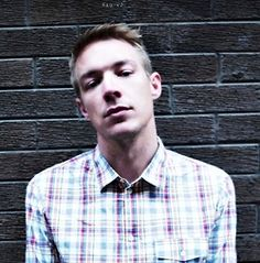 Diplo..wear can i get my dick  sucked/ my ass fucktd.
