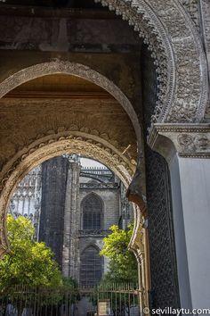 Puerta del Perdón de la Catedral de Sevilla. #Sevilla #Seville #sevillaytu @sevillaytu