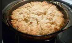 Recette: Pouding au sirop d'érable. Pudding, Beignets, Mashed Potatoes, Biscuits, Buffet, Deserts, Dessert Recipes, Cooking Recipes, Ethnic Recipes