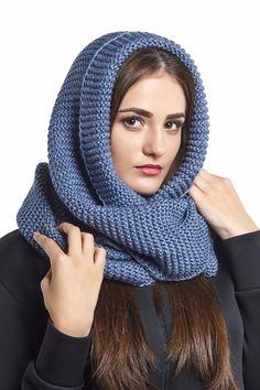 Вязаный шарф-хомут (60 фото): снуд, труба на голову и на шею, как правильно одевать, шапка и шарф-хомут, белый и черный, с косами