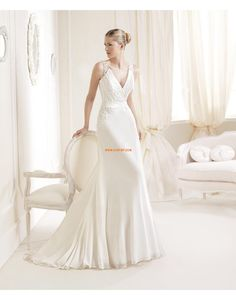 Col en V Appliques Naturel Robes de mariée de luxe