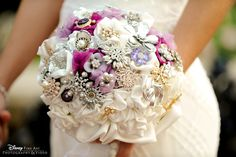 This brooch bouquet is modern elegance at its finest and a sweet floral alternative