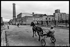 "Eric Luke on Twitter: ""Smithfield Dublin 35 years ago.....from my old negatives… Old Pictures, Old Photos, Combat Medic, Irish Celtic, Emerald Isle, Birth, Ireland, Horses, Ariel"