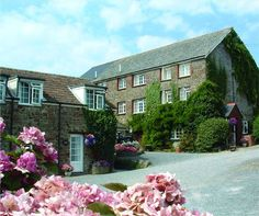 West Pusehill Farm Cottages, Pusehill, Abbotsham, Devon. Pet Friendly Self Catering Holiday Accommodation in England.
