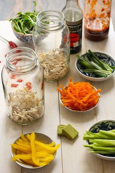Mason Jar Instant Noodles - This is GENIOUS!!! Noodle soup at work!