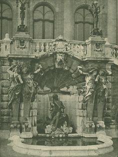 Budavári Palota - Habsburg-lépcső szökőkútja Buda Castle, Historic Architecture, Royal Palace, Budapest Hungary, Palaces, Old Photos, The Past, Gardens, History
