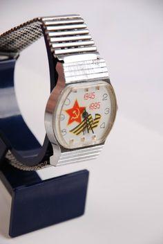 RAKETA - Pobeda Vintage Russian Wrist Anniversary 1945-1995 Watch White DIAL
