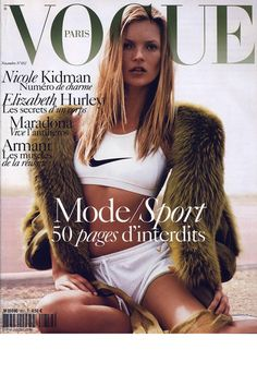 Vogue Paris novembre 2004: http://www.vogue.fr/mode/cover-girls/diaporama/kate-moss-en-18-couvertures-de-vogue-paris/4608/image/454817#vogue-paris-novembre-2004
