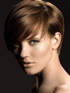 trying to find a new pixie hairstyles that give you a fresher look? Here we have chosen best 20 Brown Pixie Cuts you will totally adore! A quick and sassy pixie haircut is now terribly popular in several hair stylists'… Continue Reading → Short Light Brown Hair, Brown Pixie Cut, Brown Straight Hair, Pixie Cuts, Dark Hair, Thin Hair, Short Hair Styles For Round Faces, Short Hair Cuts For Women, Short Hairstyles For Women