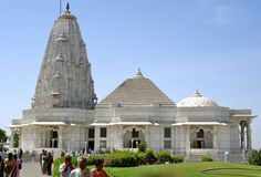 Birla Mandir Jaipur:-  Also Known as Laxmi Narayan temple, Time Schedule;  8.00 AM to 12.00 AM; 4.00 PM to 8.00 PM everyday