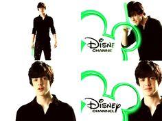 Skander Keynes on Disney Channell!!!!!!!!!!!!!!!❤️❤️❤️♡