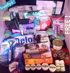 Freebies are a girls best friend! How to get free samples and full size products Free Beauty Samples, Free Samples By Mail, Free Makeup Samples, Free Stuff By Mail, Get Free Stuff, Free Baby Stuff, Free Stuff Canada, Freebies By Mail, Baby Freebies