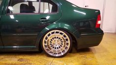 VW Bora Green rotiform