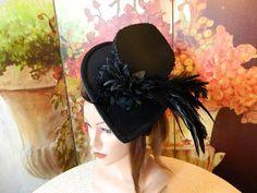 Damenhut schwarz Gothic Steampunk Hut Hat Minihat von Nashimirons Hütchen Imperium auf DaWanda.com