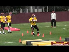 USC Spring Football Day One - Quarterback Drills Youth Football Drills, Football Workouts, Jordan Basketball, College Soccer, High School Football, Spring Football, Lineman, Video New, American Football
