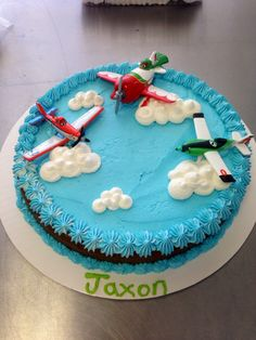 Disney's air planes cookie cake that I made :)
