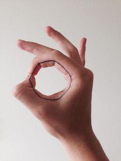 Circle Fingers Tattoo Circle Fingers Tattoo, minimal tatoo http://tattoo-designs.us/circle-fingers-tattoo/