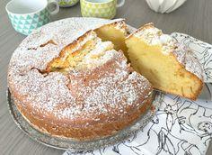 """Le """"Gâteau verre de lait"""" est un gâteau délicieux, pratique et économique. Très simple à réaliser, il ressemble à son cousin le gâteau au yaourt car dans c"""