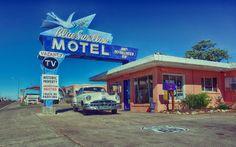 Nieuw in mijn Werk aan de Muur shop: Blue Swallow Motel