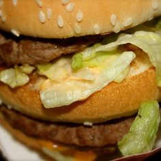 Make our McDonald's Big Mac and Special Sauce Copycat Recipes at home tonight for your family. With our Secret Restaurant Recipe for the REAL special sauce your Big Mac will taste just like McDonal… Mcdonalds Recipes, Hamburger Recipes, Beef Recipes, Cooking Recipes, Mexican Recipes, Cooking Ideas, Recipies, Special Sauce Recipe, Secret Sauce Recipe