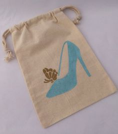 Cinderella Party Favor Bags: 5+ Cinderella Glass Slipper and Gold Butterfly Treat Bag, Reusable Drawstring Muslin Glass Slipper Favor Bags,