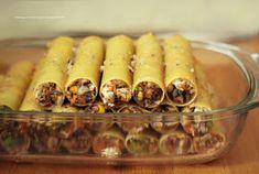 Moje Dietetyczne Fanaberie: Cannelloni z kurczakiem i pieczarkami Canned Corn, Stuffed Mushrooms, Stuffed Peppers, Fad Diets, Pasta Recipes, Carne, Carrots, Sausage
