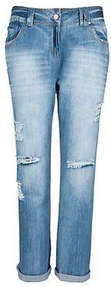 Trendy Plus Size Fashion for Women: Jeans