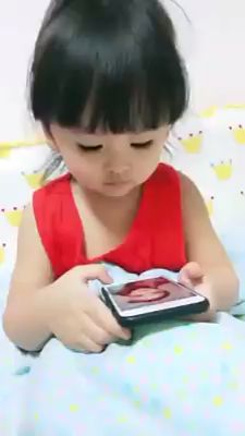 When it's time to sleep but do not want to The most funny caps. Our sense of humor is very diffe Funny Baby Memes, Crazy Funny Memes, Funny Video Memes, Funny Relatable Memes, Haha Funny, Funny Jokes, Hilarious, Funny Videos For Kids, Cute Baby Videos