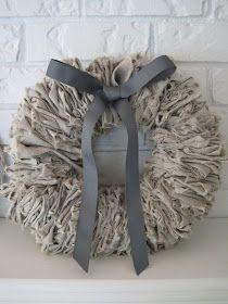 DIY linen or burlap wreath