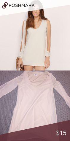 Tobi Open Sleeve Dress XS Only worn once Tobi XS Open sleeve dress in cream Tobi Dresses Long Sleeve
