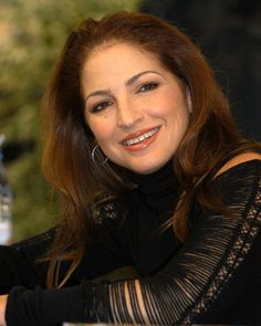 Gloria Estefan : The Gloria Estefan #Foundation for La Liga Contra El Cancer, Miami #artist